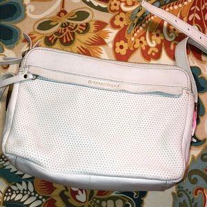 Handbags - B  Makowsky White Leather Good Condition
